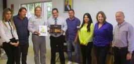 Prefeito destaca associação idealizada por Paranaguá para beneficiar ilhas turísticas do Brasil