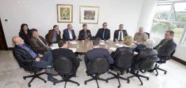 Governo reúne municípios do Litoral para tratar do projeto Verão Paraná