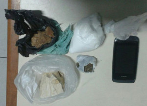 PM apreende drogas na Ilha do Mel